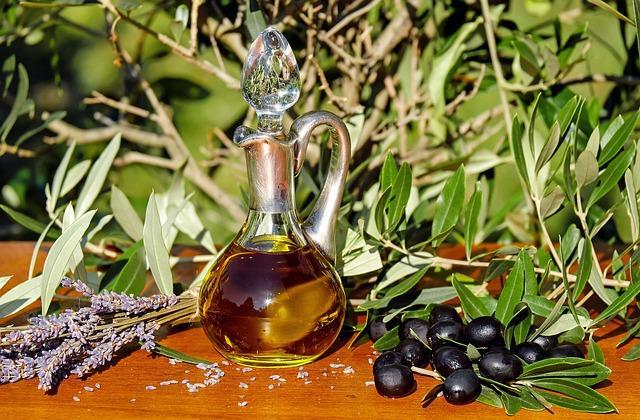 Gesundes Olivenöl in der ketogenen Ernährung
